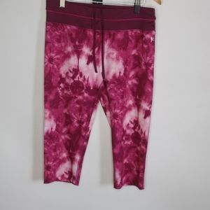 Danskin now fitted capris leggings.size medium